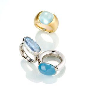 Ringe aus Gold mit unterschiedlichen Aquamarinen